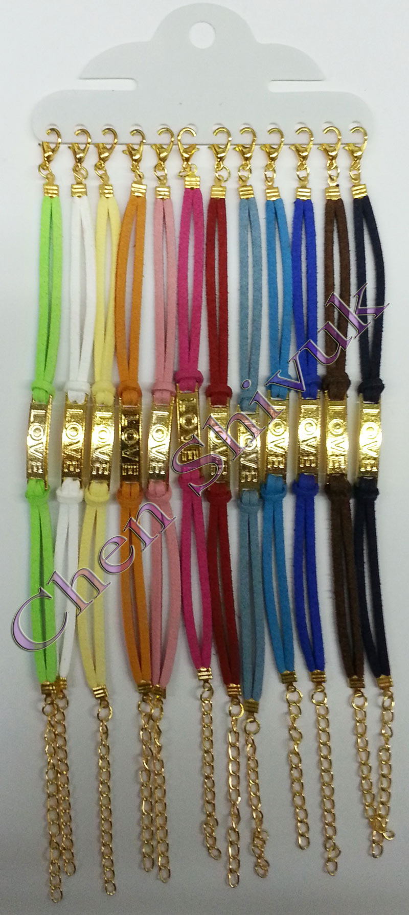 צמיד-לוח-LOVE-צבע-זהב